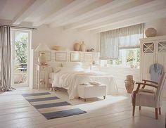 Scandanavian#bedroom decor #Bed Room #BedRoom| http://bedroom-gallery.blogspot.com