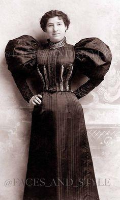 dress c. 1895 1890s Fashion, Edwardian Fashion, Vintage Fashion, Historical Costume, Historical Clothing, Victorian Photos, Victorian Era, Belle Epoch, Photo Vintage