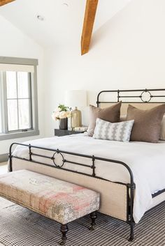 Lilim Rug Covered Bench + iron bed