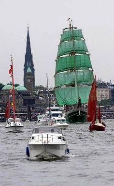 Hamburg Hafen (Harbor) tall ship on parade Hamburg City, Hamburg Germany, Ice Climbing, Tall Ships, Travel And Leisure, Germany Travel, Dream Vacations, Cool Places To Visit, Sailing Ships