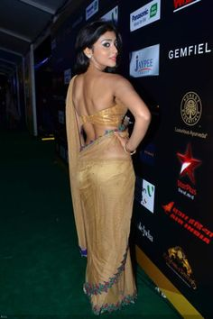 View Bollywood hotties sizzle @ IIFA 2012 Pics on TOI Photogallery