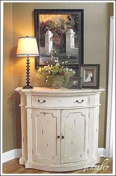 Nice entry or hall table. ohh this is what ive been looking for!! gorg!
