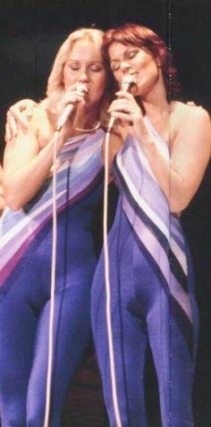 Best Of Abba, Abba Mania, Lauren Graham, Coronation Street, Sexy Older Women, Popular Music, Female Singers, Beautiful Celebrities, Belle Photo