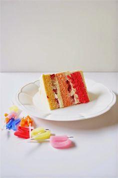 Japanese-style Strawberry Ombre Shortcake
