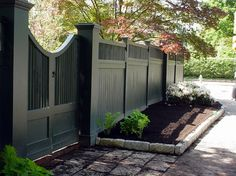 New England Woodworkers, Custom Fence Company for Picket Fences, Privacy Fences and Lattice Fencing, Gates, Arbors, Custom Pergolas Front Fence, Fence Gate, Garden Gates And Fencing, Front Gates, Driveway Gate, Fence Screening, Black Fence, Lattice Fence, Yard Privacy