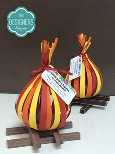 Beautiful souvenirs for Festa Junina I gathered in this post beautiful ideas of Party Favors. Diy And Crafts, Paper Crafts, Fall Decor, Holiday Decor, Camping Parties, Party Decoration, Do It Yourself Home, Party Time, Party Favors