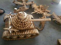 Bikin tank mainan dari amunisi. keren banget