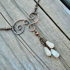 Metal Jewelry Moonstones and Antiqued Copper Swirled wire wrapped necklace by BearRunOriginals on Etsy Copper Jewelry, Wire Jewelry, Jewelry Crafts, Beaded Jewelry, Jewelery, Jewelry Ideas, Copper Wire, Geek Jewelry, Copper Bracelet