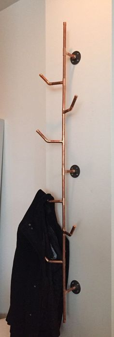 Finally a perfect hat rack!!   HANG IT Copper Pipe Coat Rack 6 series von Cu29design auf Etsy                                                                                                                                                                                 More