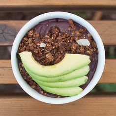 Vitamin Boost Acai Bowl Recipe @sambazon   1 Sambazon Original Superfruit Pack 1 c Blueberries ½ Ripe Avocado 1 c Coconut Water or Non-Dairy Milk ½ c Non-Dairy Yogurt 1 tbsp Nut Butter 1 tbsp Coconut Oil