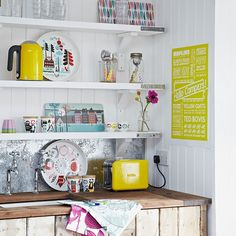 Kitchen shelves | Country storage ideas | PHOTO GALLERY | Country Homes and Interiors | Housetohome.co.uk