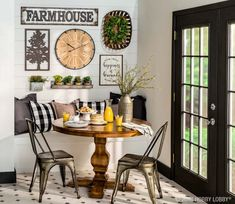 The dining nook of your dreams is a few farmhouse focal pieces away! Find wow-worthy wall art, decor and more! Primitive Homes, Primitive Bathrooms, Primitive Decor, Vintage Bathrooms, Farmhouse Wall Decor, Country Decor, Farmhouse Signs, Modern Farmhouse, Farmhouse Style