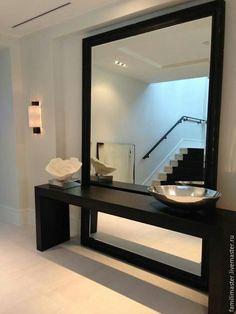 Напольное зеркало с консолью