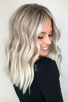 The hair colors 2020 2020 for which we will all fall in love - - Platinum blonde, stylish hair coloring again in hair # hair # coloration # coloring # pattern # magnificence. Silver Blonde Hair, Blonde Hair Shades, Blonde Hair Looks, Icy Blonde, Platinum Blonde Hair, Blonde Hair With Balayage, Blonde Hair Over 50, Highlighted Blonde Hair, Long Blond Hair