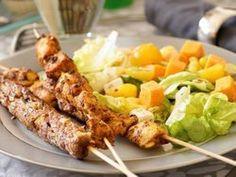 Türkischer Kebab - Something delicious - Turkish Kitchen Turkish Kebab, Chili, Mango Salat, San Francisco Food, Curry, Turkish Kitchen, Meal Deal, Food And Drink, Meat