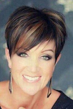 25 Ideas Hair Short Color Ideas Pixies Dark For 2019 Funky Short Hair, Short Hair Cuts For Women, Short Hair Styles, Short Pixie, Short Cuts, Pixie Cuts, Mom Hairstyles, Cute Hairstyles For Short Hair, Sassy Hair