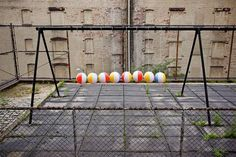 Newton's cradle amplified