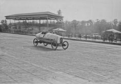 29-04-1923, Milan (circuit de Monza) Grand prix des cyclecars, (Robert) Benoist sur Salmson | Photographie de presse : Agence Rol