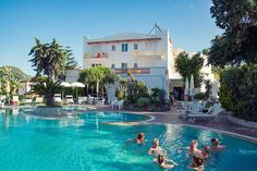 Thermal pool @ Hotel Internazionale Ischia - info@hotelinternazionaleischia.com, Via Acquedotto 33, 80070 Barano d'Ischia NA,  Tel: +39081901315 Outdoor Swimming Pool, Swimming Pools, Thermal Pool, Island, Bar, Outdoor Decor, Outdoor Pool, Block Island, Pools