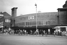 Wood Green (Charles Holden)