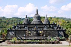 In diesem Artikel stellen wir dir neun Bali Sehenswürdigkeiten vor, die duwährenddeiner Reise auf Bali nicht verpassen solltest.