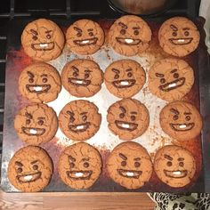 """shooky cookies, baked & decorated by yours truly 😚 [ peanut butter sugar cookies w/ chocolate & royal icing ]"" Korean Cake, Korean Food, Dorayaki Receta, Fun Baking Recipes, Cooking Recipes, Bts Cake, Butter Sugar Cookies, Cute Baking, Bts Birthdays"