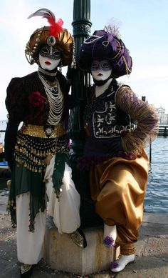 https://flic.kr/p/4vxtRN | Two turbaned ladies (IMG_3963a) | Taken at the Carnival in Venice, Italy in January 2008.