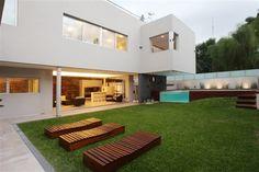 Asi quiero mi casa  Devoto House by Andrés Remy Arquitectos