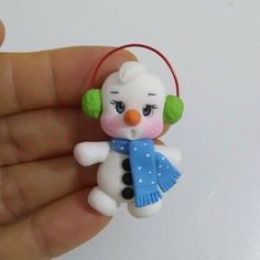 Christmas Crafts For Kids, Christmas Decorations, Christmas Ornaments, Holiday Decor, Polymer Clay Christmas, Polymer Clay Crafts, Pasta Flexible, Clay Projects, Kawaii