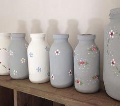 Rita has used DecoArt Chalky finish paint and You Can Folk It kits to create these beautiful mini bottles. Kits & paint available from www.folkit.co #PotteryKitsforBeginner