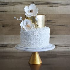 Magnolia Cake Boutique is all set to bring the wedding cakes Brisbane to the table that you will love to watch. Magnolia Cake, Cake Makers, Sweet Memories, Brisbane, Cake Decorating, Wedding Cakes, Boutique, Baking, Watch