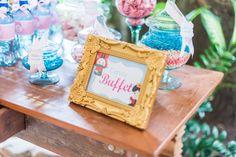 festinha-alice-no-pais-das-maravilhas-rosa-azul-decoracao-Pequenos-Luxos-22