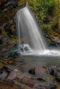 Great Smoky Mountains National Park - Grotto Falls/ been here, its beautiful