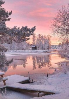 Walkin' in a winter wonderland. An actual winter wonderland in Sweden ❄. Craving hot chocolate and blankets just looking at this! What are your fave winter travel destinations? Any bucket list places? Winter Photography, Landscape Photography, Nature Photography, Photography Magazine, Editorial Photography, Waterfalls Photography, Sunrise Photography, Happy Photography, Mobile Photography