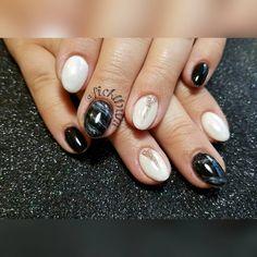 "39 Likes, 5 Comments - Kerrie Ficklin (@nailsbykerrie) on Instagram: ""#marblenails #lightelegance #blacktie  #whiteswimsuit #celinavegas #inspiredby @celinaryden…"""