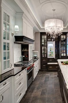 black and white kitchen #rustocfloor