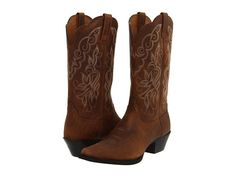 me + these boots = country concerts and the dusty all summer long!