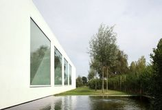 La villa moderne VH en T en Belgique
