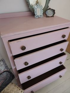 Painted and Distressed Furniture. Chest of Drawers in Annie Sloan Chalk Paint. ©OliviaRoseInteriors