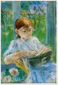 <베르트 모리조_줄리 마네> 모리조의 딸인 줄리 마네가 창가에서 책을 읽고 있는 작품이다. 봄날의 따스한 햇살과 마네가 입고 있는 새하얀 드레스는 순수함을 더욱 강조하는 듯하다. 딸을 바라보는 어머니의 사랑이 그대로 느껴지는 따뜻한 작품이다.