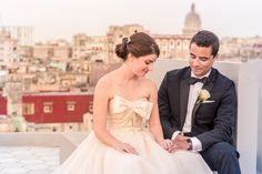 Beautiful wedding in the most famous cuban restaurant La Guarida. The rooftops from Havana from La Guarida Restaurant