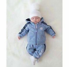 Baby Adidas-Anzug <3