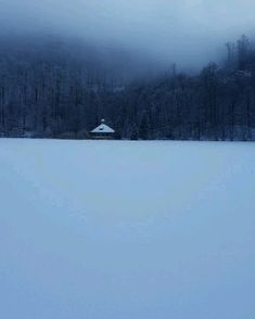 Winter, lake, snow perfect view Nature Photography, Travel Photography, Mountain Sunset, Nyc, Cold, Explore, Adventure, Landscape, Winter