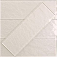 Shimmer Frost White x Glossy Glass Subway Tile White Glass Tile, White Subway Tiles, Glass Subway Tile, Subway Tile Showers, Shower Tiles, Dream Bathrooms, White Bathrooms, Luxury Bathrooms, Master Bathrooms