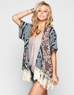 Complete your #Coachella outfit with this #fringe #kimono