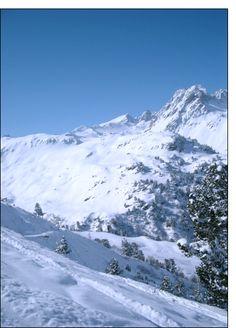 Carte Montagne et ciel bleu pour envoyer par La Poste, sur Merci-Facteur !