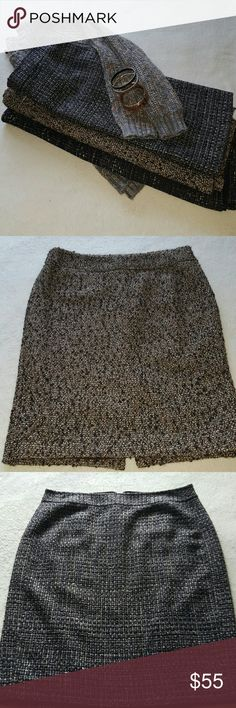 🍁❄🍁Bundel of 3 brand name winter skirts 🍁❄🍁 Pencil winter skirt , all in excellent condition  ( see pics)  First Calvin Klein  Second Banana Republic  Third Ann Taylor  All in size 6  @25 if separately purchase Let it snow ❄❄☃🍁 Banana Republic Skirts Pencil