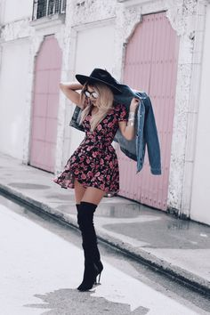 VSCO with preset - Knee high boots outfit -Processed with VSCO with preset - Knee high boots outfit - BeFashionova -Fashion Online Black Women Fashion, Look Fashion, Fashion Models, Autumn Fashion, Womens Fashion, Feminine Fashion, Trendy Outfits, Fall Outfits, Cute Outfits
