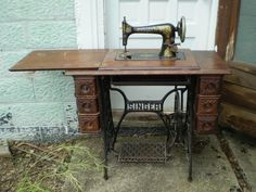 singer model 27 sewing machine - Google Search This is the same as mine.