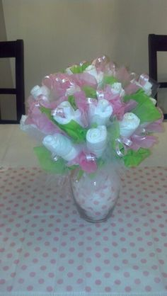 Diaper bouquet for a baby tea.